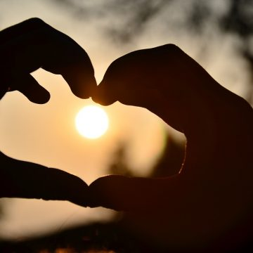 העצמה לנשמה לפרשת אחרי מות קדושים: ואהבת לרעך – באמת כמוך